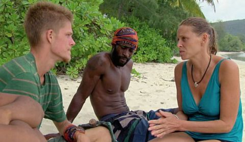 Spencer, Jeremy, and Kimmi plan moves on Survivor