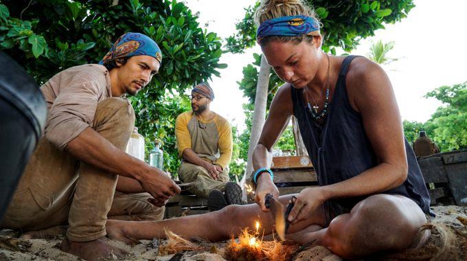 Survivor 2017 blue tribe on Episode 6