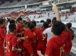 The Indonesian U-16 national team players after the 2020 U-16 Cup Qualification match, at the GBK Stadium, Jakarta, Sunday (9/22/2019). Photo: Irfan Adi Saputra /Kumparan