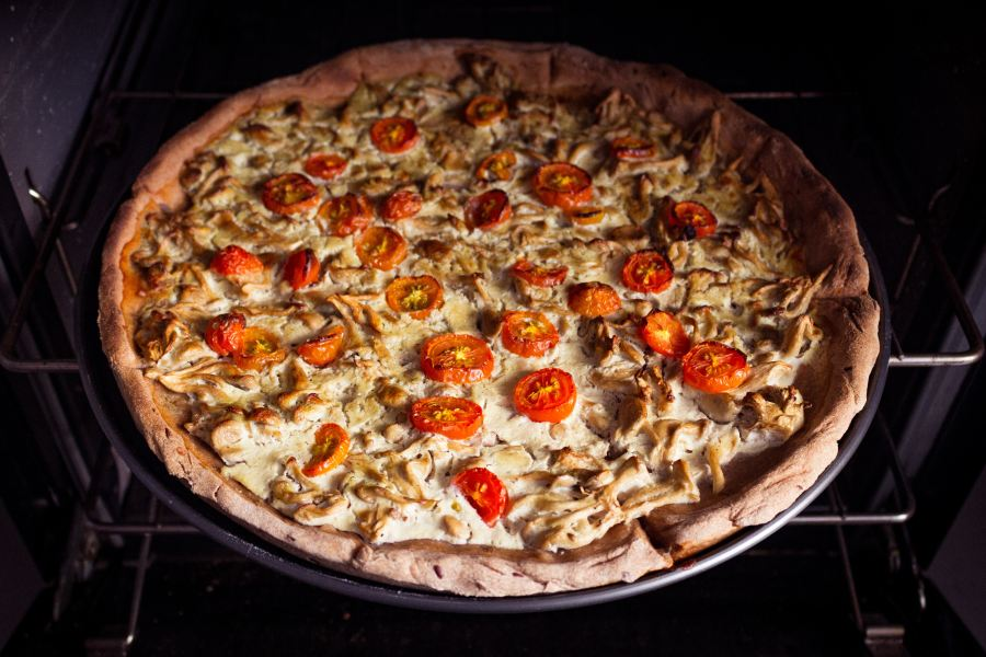 Tomatomushroompizza