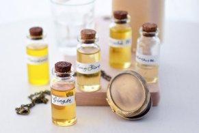 History of Make-up - Perfume Natural Scent