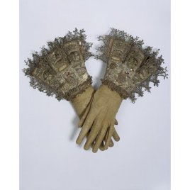 History of Make-up - Perfume Scented Gloves http://collections.vam.ac.uk/item/O77421/pair-of-gloves-unknown/