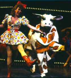 GUYS AND DOLLS, 1990, Bushell and a-Peck