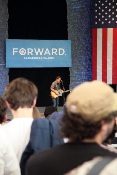 10.23.2012_Bruce Concert_0034_small