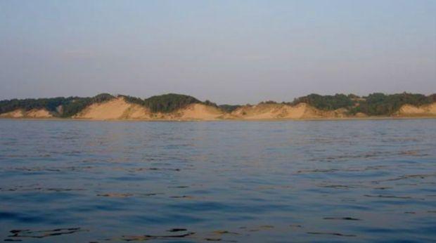 Boat Lake Mi shoreline