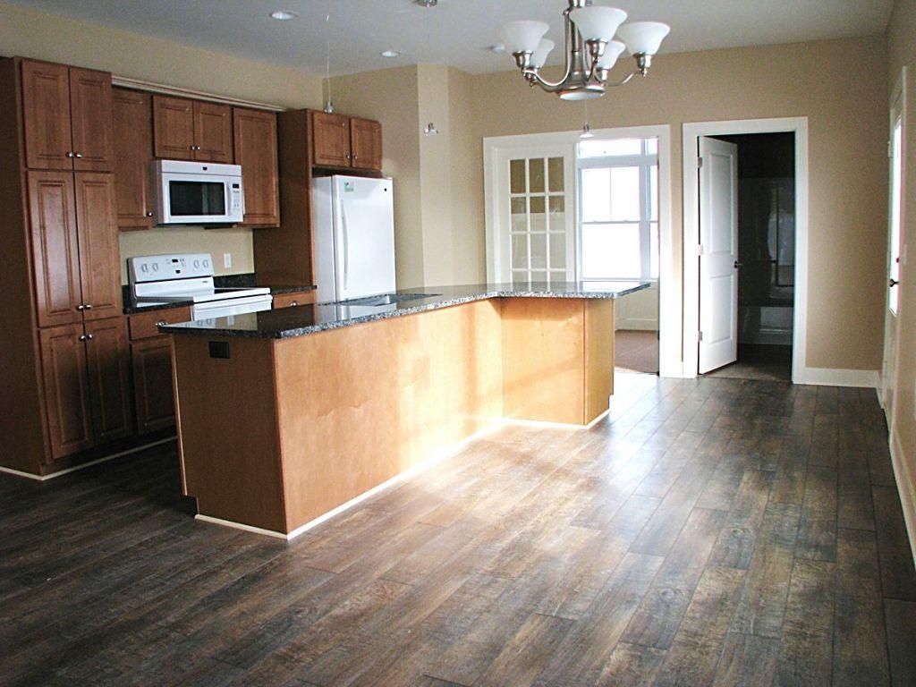 Kitchen | Sawgrass Condos in Holland, Michigan