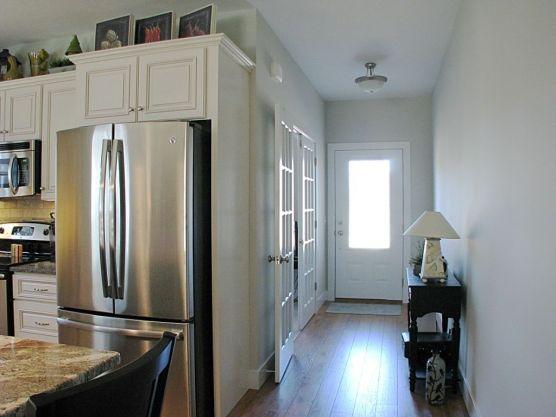 Foyer to Kitchen