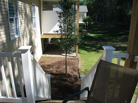 06-2460-Yard- back landscaping-01