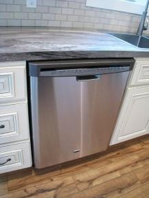 2430 Kitchen dishwasher