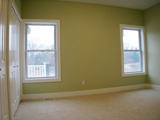 2433 Master bedroom - carpeted