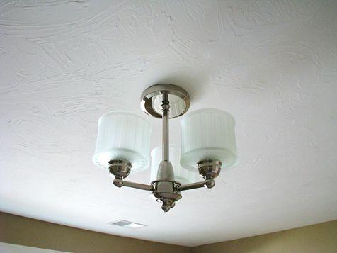 2515 Light fixture in family room