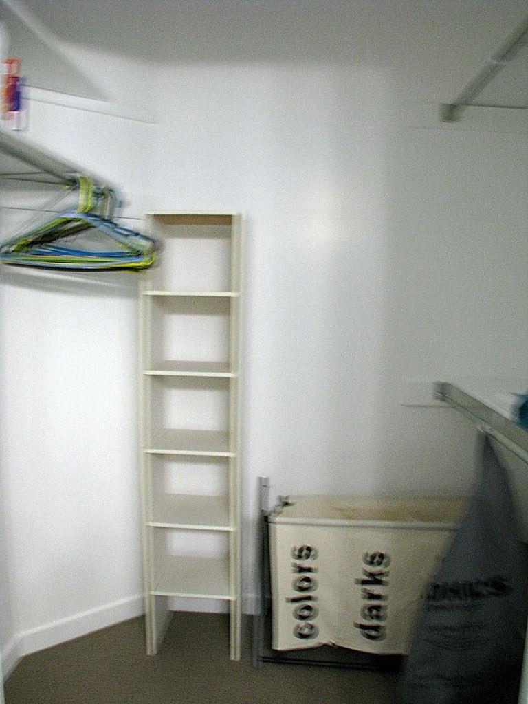 2437 Lighted master bedroom walk-in closet