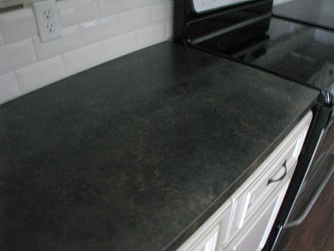 2419 Counter top on kitchen cabinets