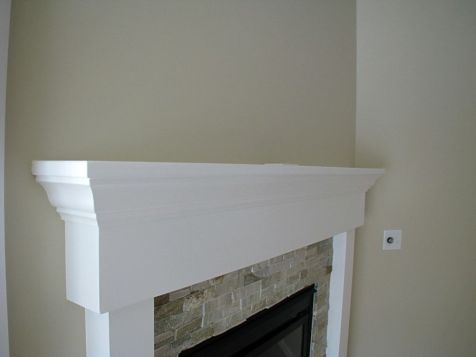 2518 Close up of living room gas log fireplace mantle