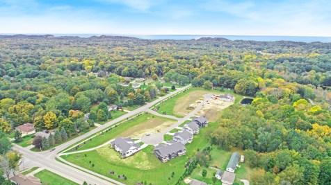Lakewood Crossings condos Holland MI aerial 401