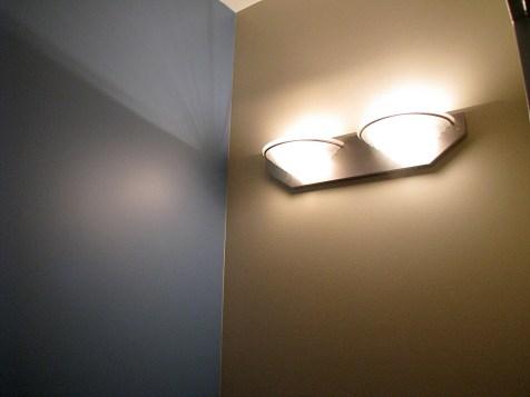 Full bath-Lights wall sconce