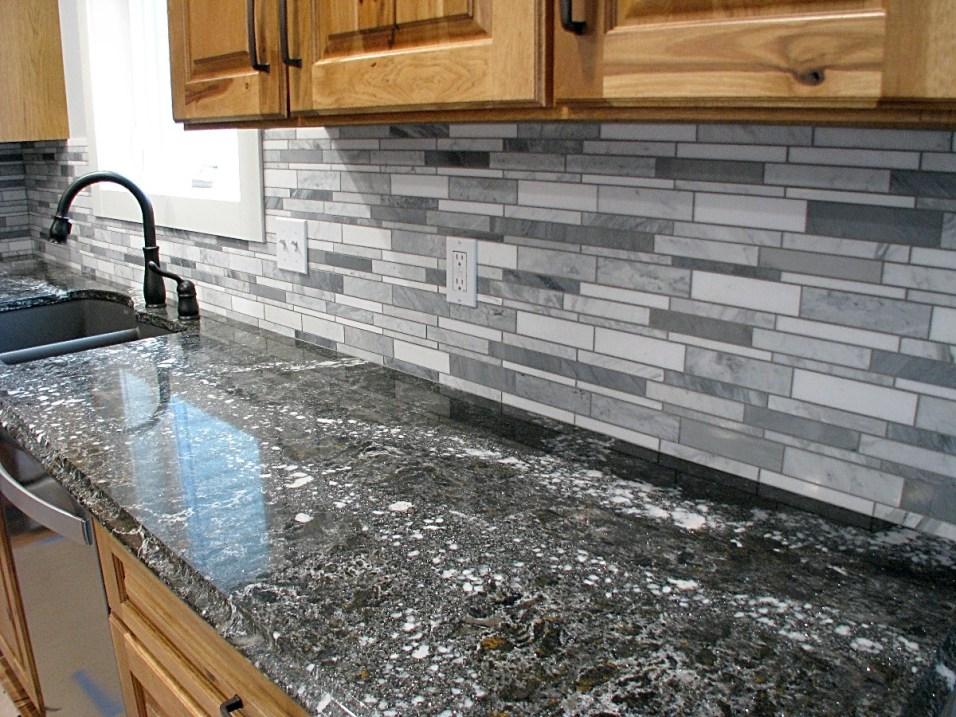 Kitchen-Backsplash-quartz-upgrade