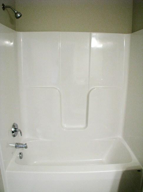6406 LL-Bath-tub-shower