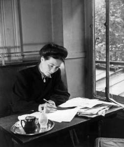 Simone de Beauvoir at work