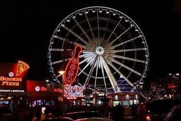 NYE 2012 Clifton Hill Ferris Wheel