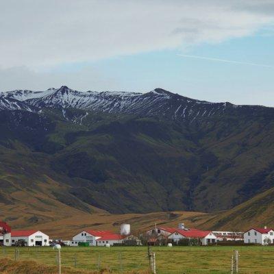 Thorvaldseyri farm in front of Eyjafjallajokull.