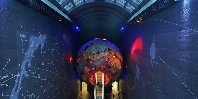 Escalator into the Volcano, Natural Histoty Museum, London