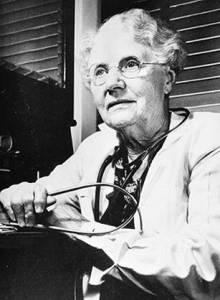 Dr. Bertha Van Hoosen, one of the women connected to Rochester Hills. National Library of Medicine, https://www.nlm.nih.gov/changingthefaceofmedicine/physicians/biography_322.html.