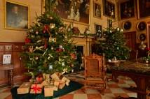 SGP_8227 Susan Guy_Charlecote Christmas w