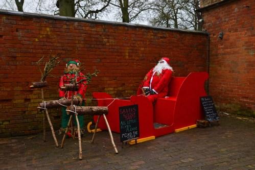SGP_9051 Susan Guy_Baddesley Christmas w