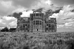 Susan Guy_Lyveden_South_Exterior_17.05.16_4 infrared c