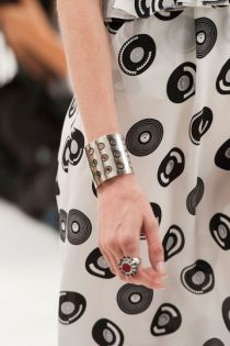 hbz-ss2016-trends-jewelry-industrial-tods-clp-rs16-6723