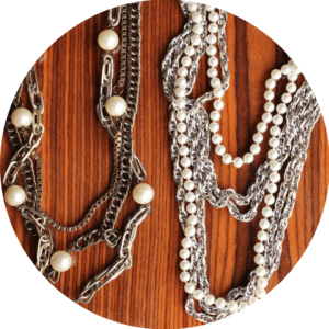 fall jewelry trends 2016 chains pearls punk