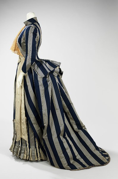 Walking Dress ca. 1885. Brooklyn Museum Costume Collection at The Metropolitan Museum of Art, Gift of the Brooklyn Museum, 2009; Gift of Mrs. C. M. Andrews, 1951
