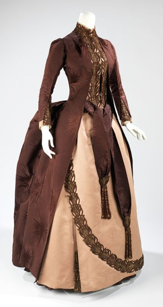 Brooklyn Museum Costume Collection at The Metropolitan Museum of Art, Gift of the Brooklyn Museum, 2009; Gift of Mrs. William E. S. Griswold, 1941