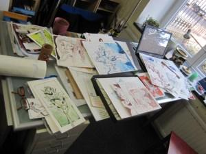 Als erstes stelle ich die Zeichnungen für die Ausstellung zusammen - Foto  von Susanne Haun