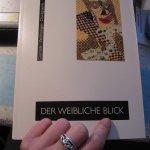 """Buch """"Der weibliche Blick"""" gekauft in der Saale Galerie - Foto von Susanne Haun"""