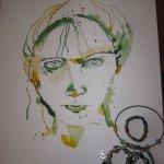 Meine grünen Ketten passen gut zum Portrait - Zeichnung von Susanne Haun