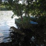 Überall liegen kleine Boote am See - Foto von Susanne Haun