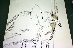 Der erste Flamingo sitzt auf seinen Beinen - Susanne Haun