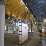 In der Humboldt-Bilbliothek können wir unser Projekt gut präsentieren - Foto von Susanne Haun