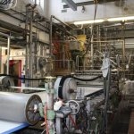 13 Papierherstellung auf der Langmaschine bei der Hahnemühle (c) Foto von Susanne Haun