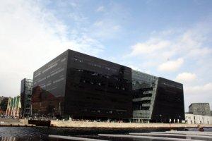 Die neue Bibliothek der schwarze Diamant von Kopenhagen (c) Foto von Susanne Haun