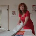 Reissen des Papiers (c) Foto von Susanne Haun