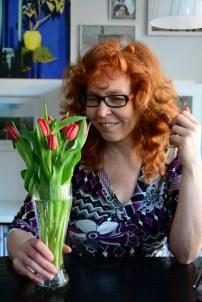 Wieder zuhause mit einem Tulpenstrauß (c) Foto von M.Fanke