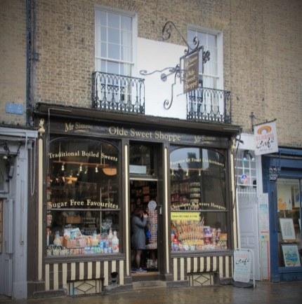 Cambridge hat viele kleine Geschäfte (c) Foto von Susanne Haun