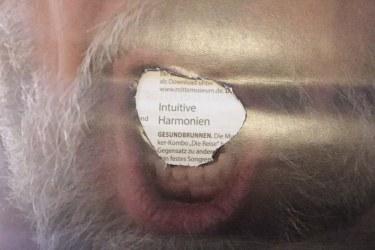 Buchstaben aus Jürgens Mund - Cut von Susanne Haun