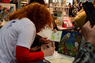 Leipziger Buchmesse 2019, Susanne Haun signiert Landtiere (c) Foto von M.Fanke.