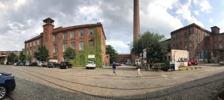 Ausblick aus dem Atelier für Workshops boesner Leipzig zur alten Wollspinnerei (c) Foto von Susanne Haun