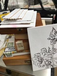 Arbeit mit Zigarrenkistenbrettchen, Foto von Susanne Haun (c) VG Bild-Kunst, Bonn 2019