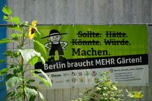 Kunstaktion crossart for future im rote Beete Garten Berlin (c) Foto von M.Fanke